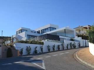 Villa Alcaidesa P.10 Benjumea Arquitectos Casas de estilo moderno