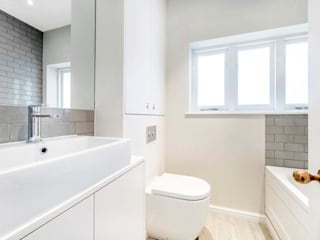 Bathroom by Lambert&Sons, Modern