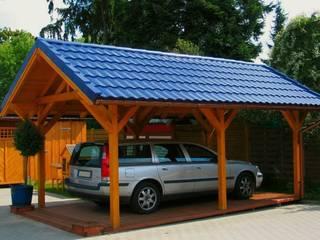 Wiata garażowa Korbas: styl , w kategorii Garaż prefabrykowany  zaprojektowany przez Ogrodolandia