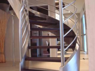 ESCALIER Couloir, entrée, escaliers modernes par AMB Moderne