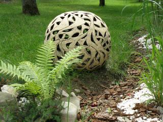 Ażurowe kule ogrodowe: styl , w kategorii  zaprojektowany przez Pracownia Ceramiki Artystycznaj