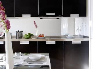 Cozinhas modernas por RDLC Moderno