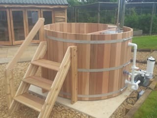 Northern lights Hot Tubs and Saunas Cedar Hot Tubs UK Spa de estilo mediterráneo