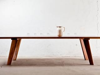 Table von Byrnström Möbelbau Klassisch