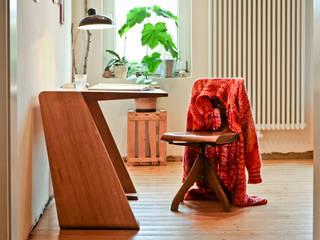 Schreibtisch:   von Byrnström Möbelbau