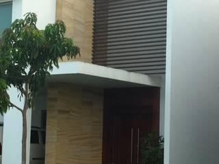 casa 329 Casas modernas de Hussein Garzon arquitectura Moderno
