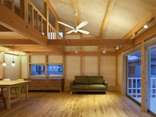 ハダカの家 オリジナルデザインの リビング の アトリエ優 一級建築士事務所 オリジナル