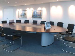 Spiegels dgb konf ellipse Moderne Bürogebäude von Spiegels GmbH & Co. KG Modern