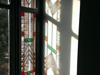 Detail Art Deco Stained Glass:  Living room by Warret & Jullion