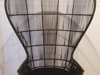 Una trama maestosa per una seduta accogliente:  in stile  di Odue Modena - Concept Store