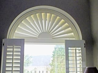 ARCHED WINOW SHUTTER: modern  by NEAT PLEAT, Modern