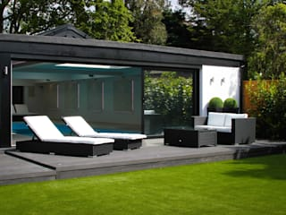Pool House Modern garden by Leighton Home Style Modern