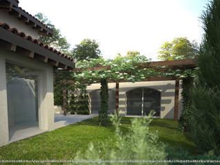 モダンな 家 の Studio d'Architettura MIRKO VARISCHI モダン