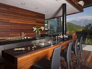 Terrazas de estilo  de GLR Arquitectos, Moderno