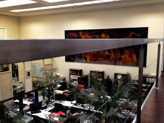 Modern Media Room by Visual Concept / Arquitectura y diseño Modern