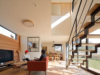 Salas / recibidores de estilo  por 株式会社プラスディー設計室, Moderno