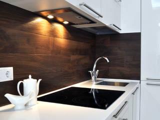 Квартира на Приморском проспекте Кухни в эклектичном стиле от Студия Анастасии Бархатовой Эклектичный