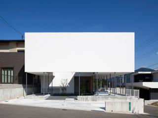 葉山の家: 松本匡弘建築設計事務所が手掛けた家です。