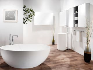 Modern Bathroom by Saturnbath Modern
