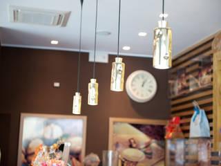 Bar Saicaf Bar & Club in stile classico di lollo e dado Classico