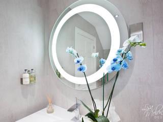 Salle de bains de style  par Lisa Melvin Design , Moderne