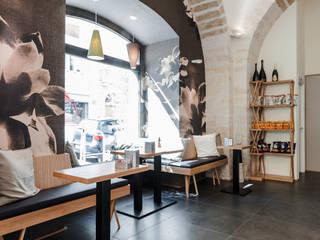 Bellini Bar & Club in stile scandinavo di lollo e dado Scandinavo