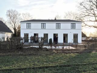 LANDLEBEN Klassische Häuser von GOLDBODEN Klassisch