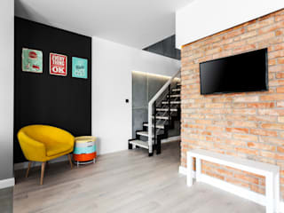 Modern living room by Archikąty Modern
