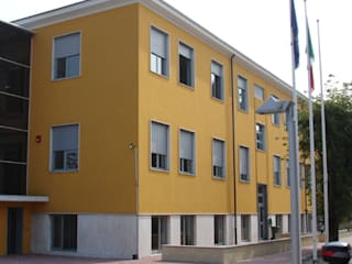 I.P.S.C.T. Lombardini, Inveruno (MI) Scuole moderne di Studio di Architettura Fiorentini Associati Moderno