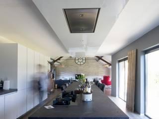 keuken: moderne Keuken door BALD architecture