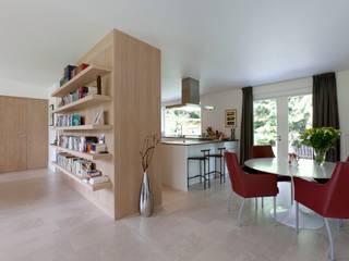 de estilo  por Suzanne de Kanter Architectuur & Interieur