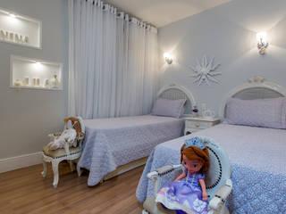 Dormitorios infantiles de estilo clásico de Bruno Sgrillo Arquitetura Clásico