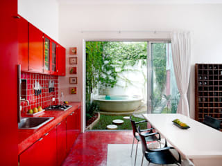 Nowoczesna kuchnia od Taller Estilo Arquitectura Nowoczesny