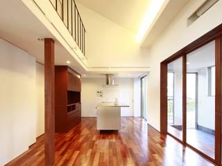 house-b モダンデザインの ダイニング の 株式会社山根一史建築設計事務所 モダン