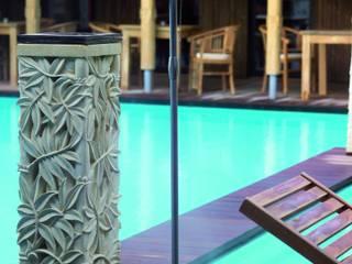 Terassenbeleuchtung Lilly Marleen: moderner Balkon, Veranda & Terrasse von Fitz Leuchtenmanufaktur