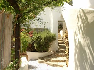 Houses by Studio di Architettura Manuela Zecca