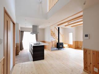 神石高原の家: ATELIER IDEAが手掛けたダイニングです。