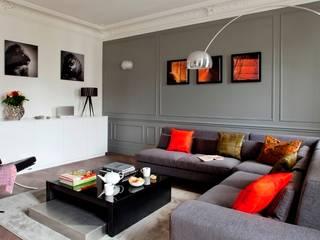 BOSQUET: Salon de style  par URBAN D&CO