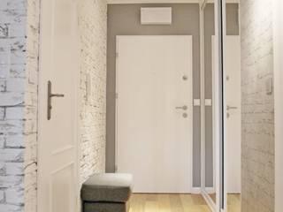 Corredores e halls de entrada  por Limonki Studio Wojciech Siudowski