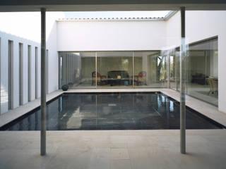 Modern Houses by Serda Modern