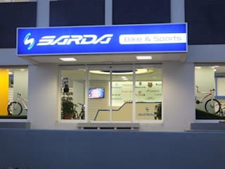 Darya Mimarlık Proje Hizmetleri İnş.Sa.Tic.Ltd.Şti. Espaces commerciaux modernes