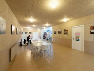 Centro Cívico de Monte Alto (Entrada). soma [arquitectura imasd] Salones de estilo clásico