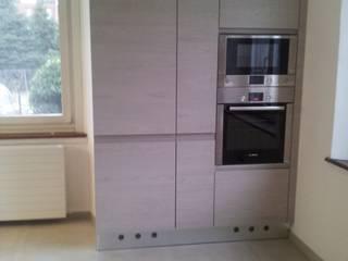 MARA GAGLIARDI 'INTERIOR DESIGNER' Dapur Modern
