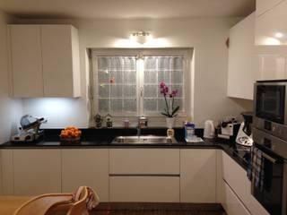 MARA GAGLIARDI 'INTERIOR DESIGNER' KitchenBench tops