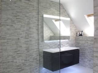 moderne Badezimmer von PTC Kitchens