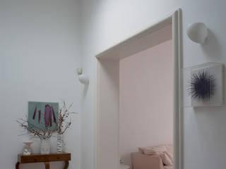 CASA C+D 3C+M architettura Ingresso, Corridoio & Scale in stile minimalista
