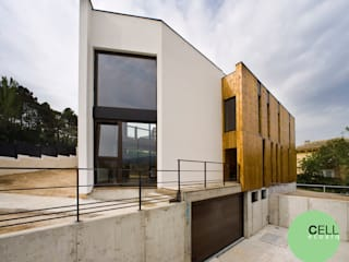 Fachada norte.: Casas de estilo  de Cell Workshop Architecture