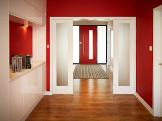 Corridor & hallway by LA Hally Architect, Modern