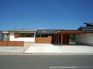 Casas de estilo  por 株式会社プラスディー設計室, Ecléctico