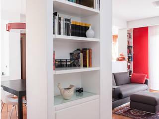 Ingresso Ingresso, Corridoio & Scale in stile minimalista di Paolo Fusco Photo Minimalista